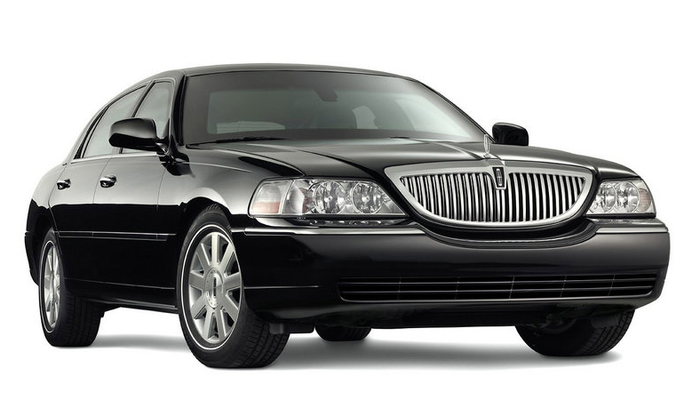 2010-lincoln-town-car-pic-43665