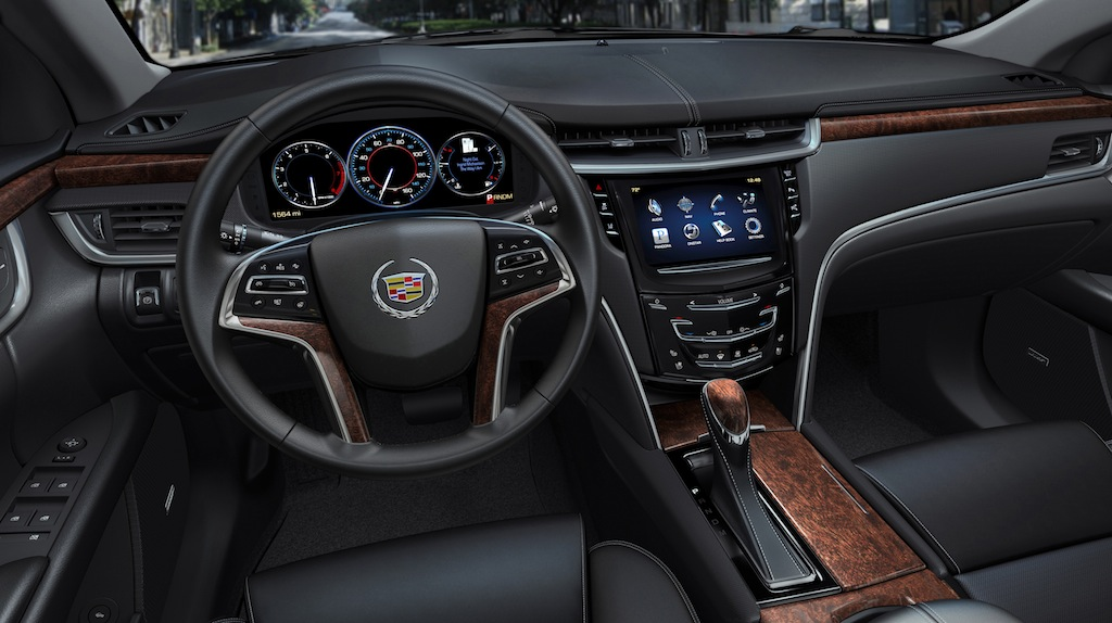 2013-Cadillac-XTS-Interior-Dashboard-2